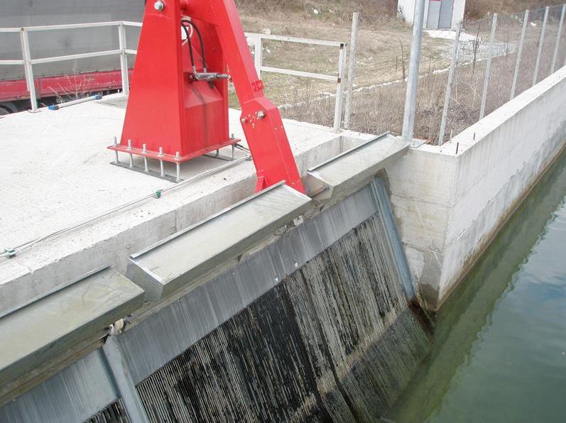 Καθαρισμός Σχαρών υδροηλεκτρικού σταθμού